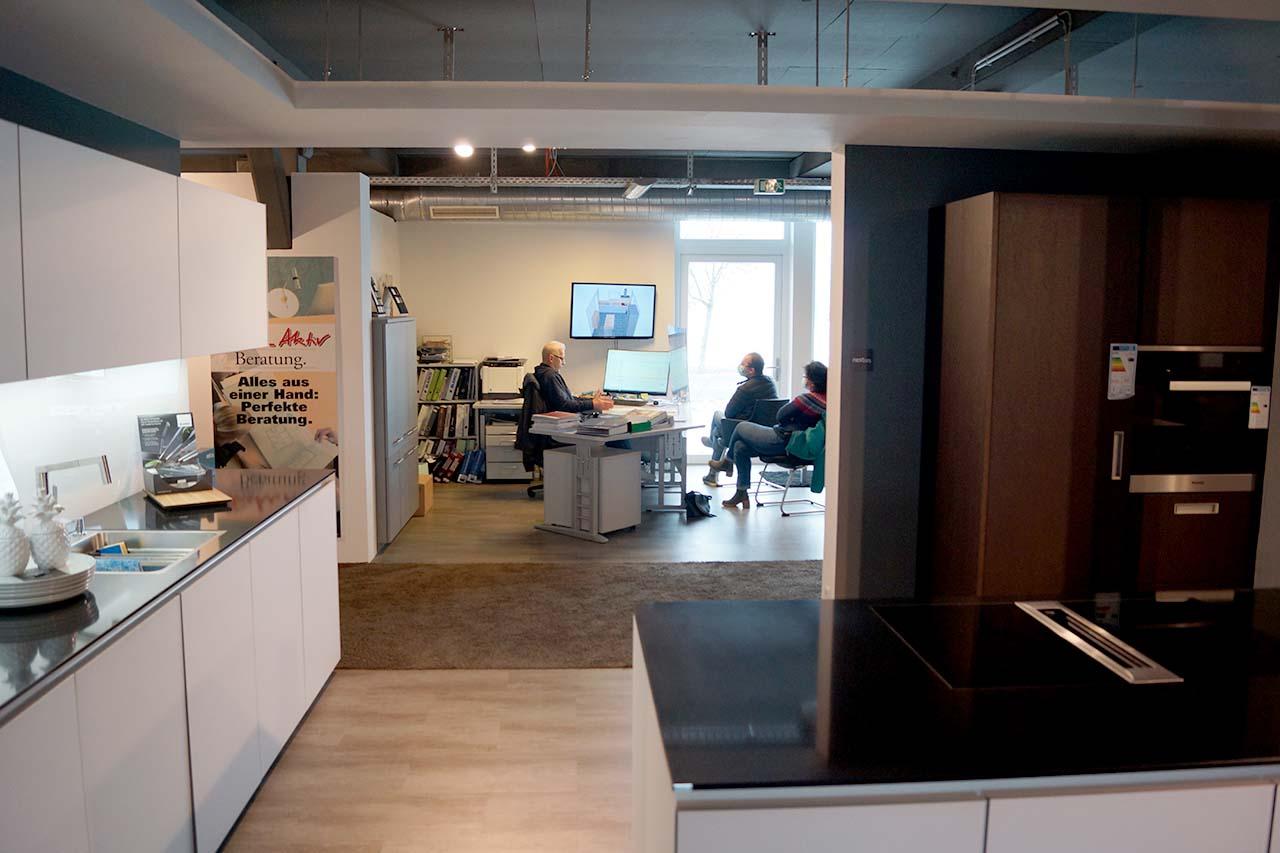 Küchenstudio Ausstellung bei König Küchen in Mengen zwischen Sigmaringen Ravensburg